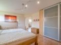 Grosses Schlafzimmer 1